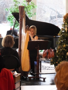 Harpist Tiffany Hansen bestows holiday tranquility to CWLC 2014